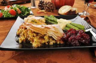 A plate of Thanksgiving dinner