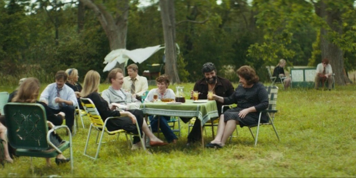 Paul Bettany, Sophia Lillis, Peter Macdissi, Steve Zahn, Judy Greer, and Margo Martindale in Uncle Frank