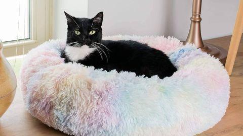 AmazinglyCat marshmallow cat bed
