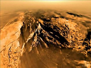 Titan in Motion: New Video of Landing on Saturn's Moon