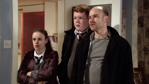 Joe as Tim Metcalfe in Corrie with his daughter Faye and her friend  Craig (ITV)