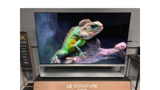 LG OLED88Z9PLA hands on review