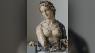 For more than a century, the Flora wax bust incited arguments about whether or not it was carved by Renaissance master Leonardo da Vinci.