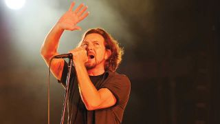"Pearl Jam have cancelled tonight's London O2 Arena date as singer Eddie Vedder ""completely loses his voice"""