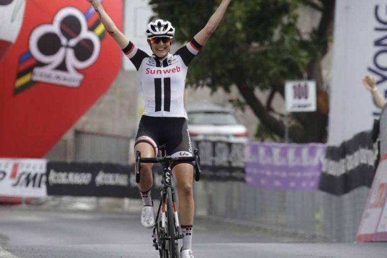 Lucinda Brand (Team Sunweb) wins stage eight of the Giro Rosa