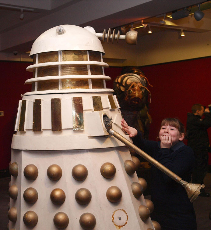 Dalek sells for £20,000 at Doctor Who prop auction