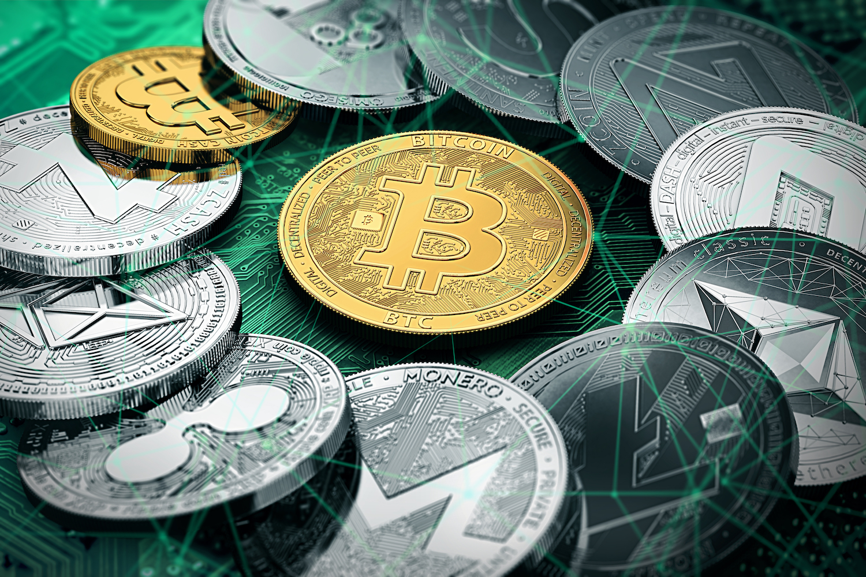 Ar turiau investuoti bitkoin prie akut,
