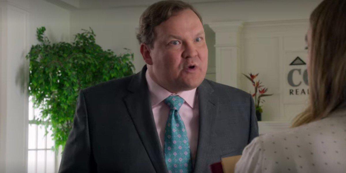 Andy Richter as Carl in Santa Clarita Diet