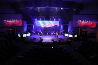 PixelFLEX LED Deepens Impact at Cathedral of Faith