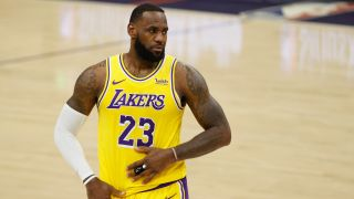watch lakers live stream