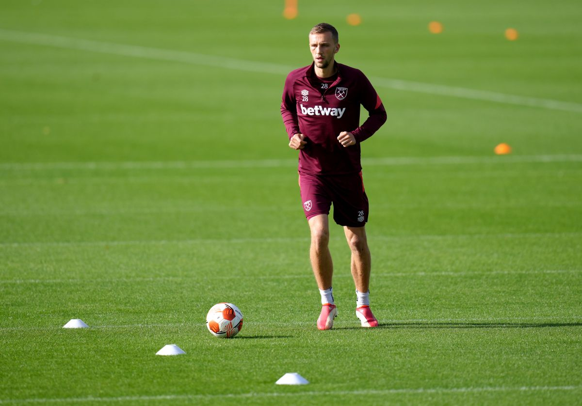 West Ham's Tomas Soucek recovering from plastic surgery to face after challenge