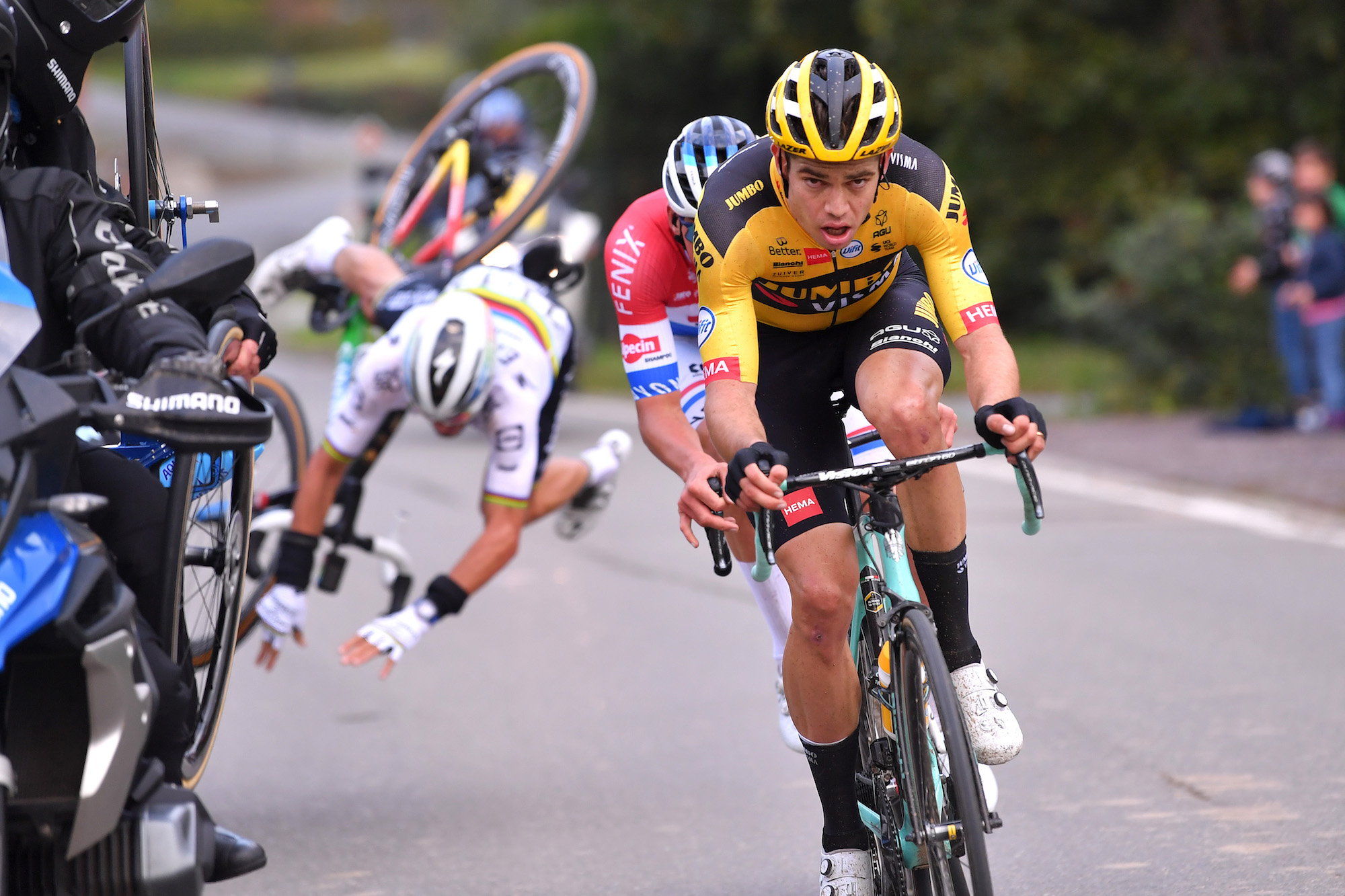 Julian Alaphilippe crashes out of the Tour of Flanders 2020 - Cycling Weekly