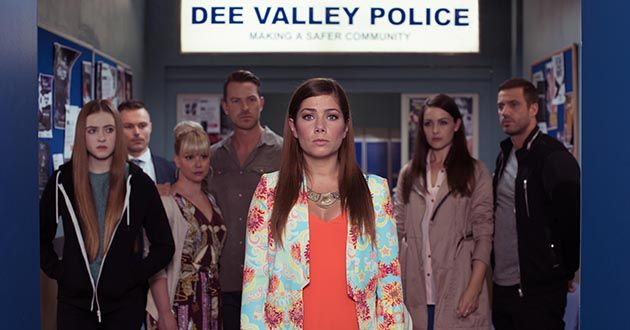 Maxine Minniver is questioned by the police in Hollyoaks.