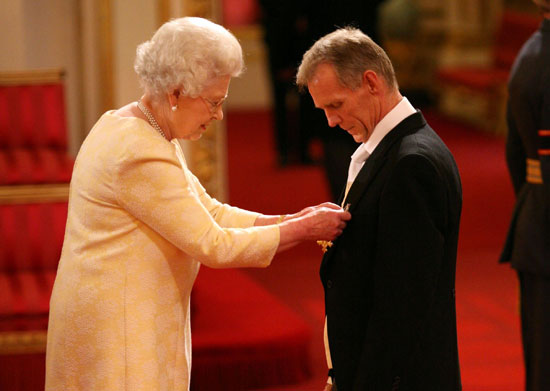 Shane Sutton appointed OBE by Her Majesty the Queen