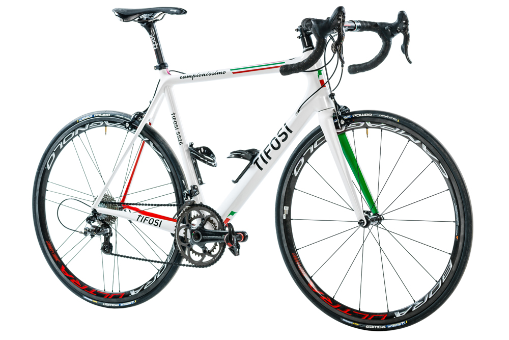Thumbnail Credit (cyclingweekly.co.uk): The limited edition Tifosi SS26 Campionissimo comes with a stunning painjob