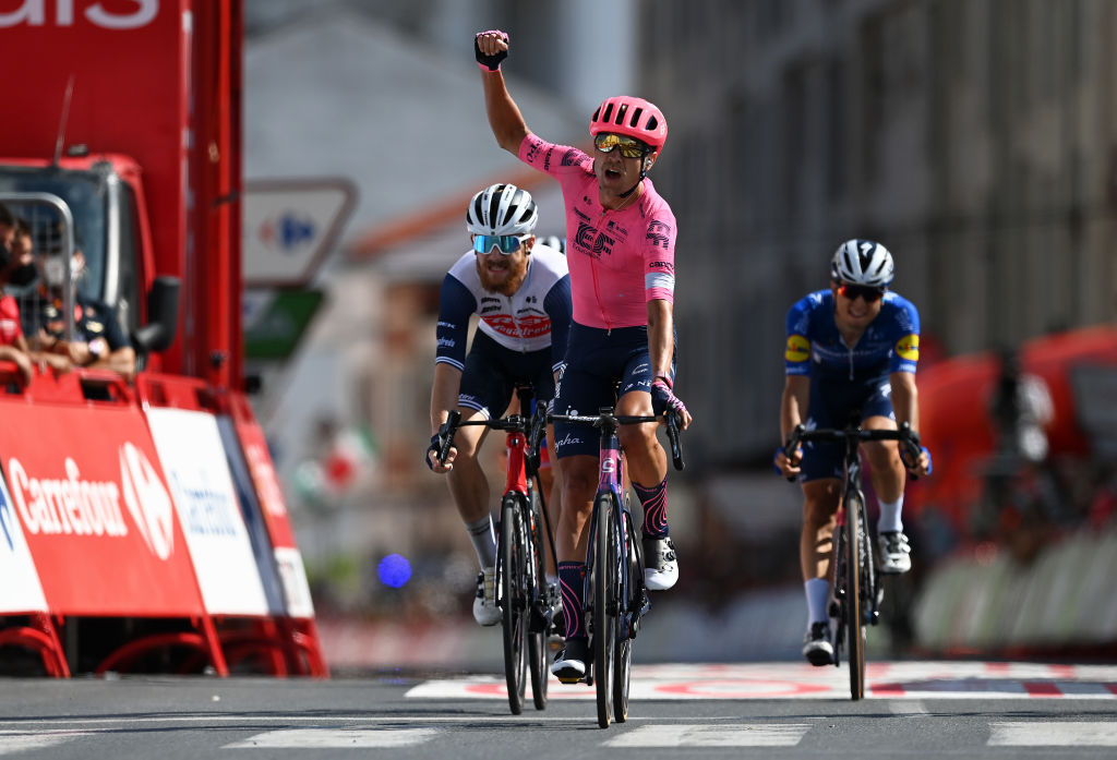 MONFORTE DE LEMOS SPAIN SEPTEMBER 03 Magnus Cort Nielsen of Denmark and Team EF Education Nippo celebrates winning ahead of Quinn Simmons of United States and Team Trek Segafredo and Andrea Bagioli of Italy and Team Deceuninck QuickStep during the 76th Tour of Spain 2021 Stage 19 a 1912 km stage from Tapia to Monforte de Lemos lavuelta LaVuelta21 on September 03 2021 in Monforte de Lemos Spain Photo by Stuart FranklinGetty Images