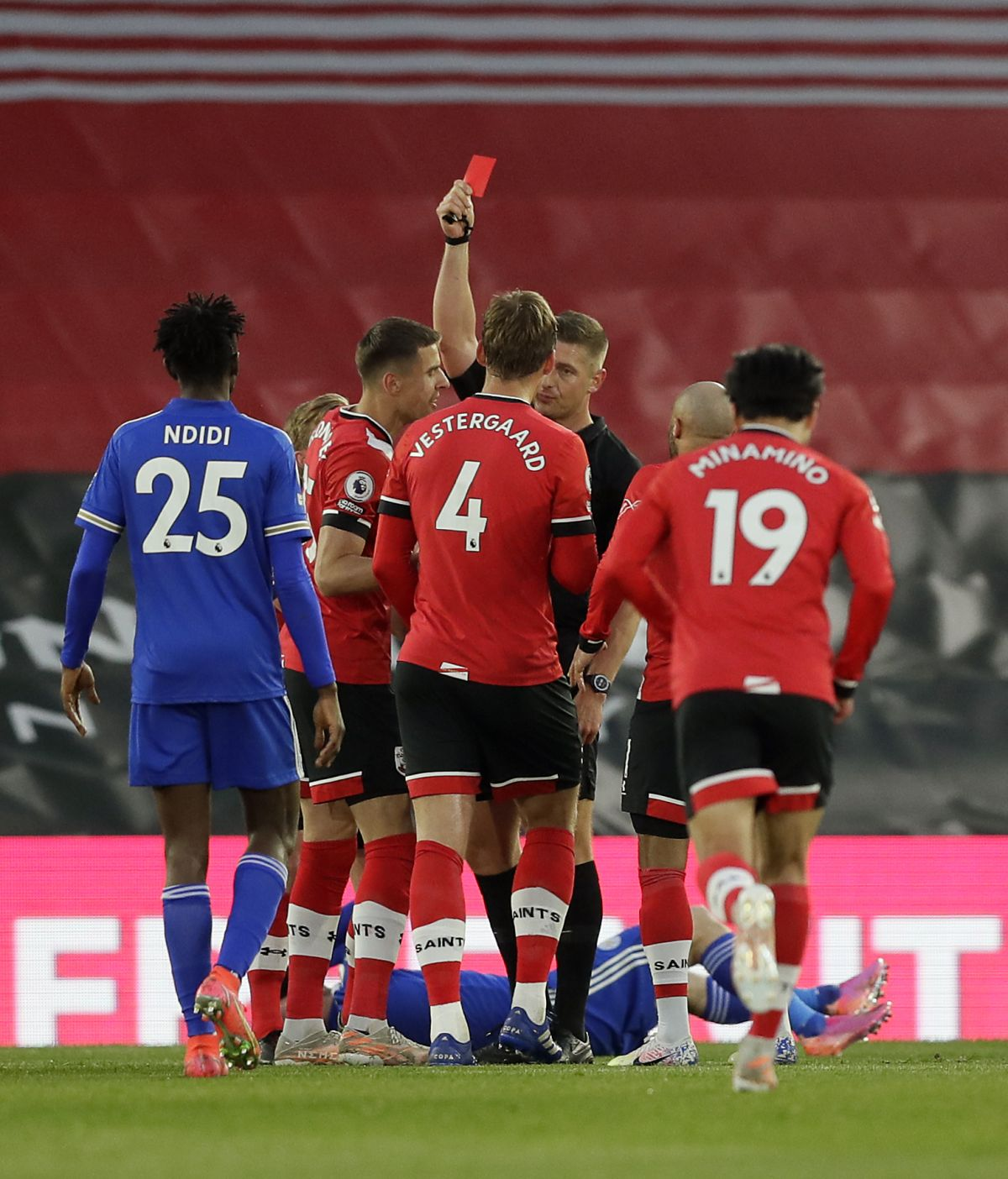 Southampton defender Jannik Vestergaard wins appeal against Leicester red card