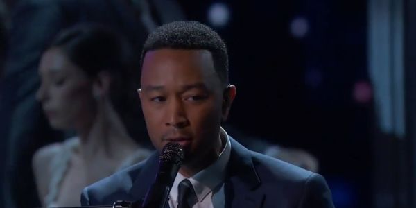 John Legend performing music from La La Land at the Oscars in 2017
