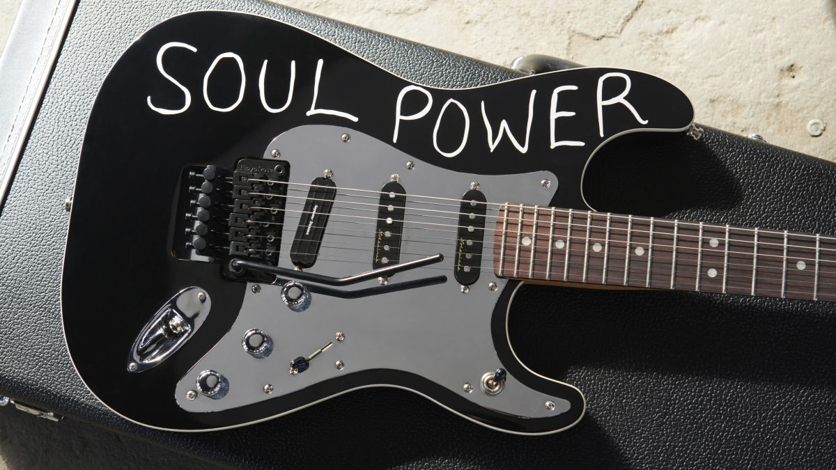 Tom Morello 'Soul Power' Artist Signature Stratocaster released by Fender