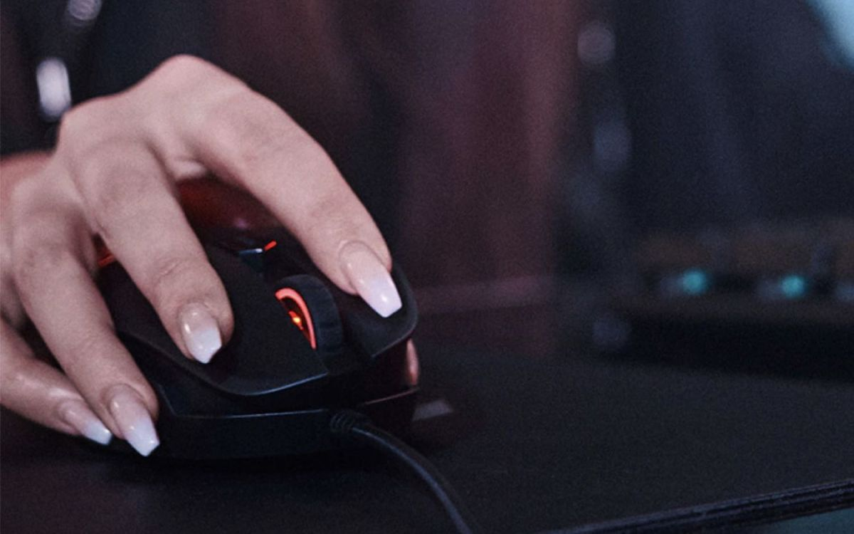 HP Omen Reactor Review: Is This Spring-Loaded Gaming Mouse Worth It