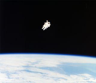 Bruce McCandless on untethered spacewalk