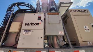 Verizon wireless portable emergency wireless