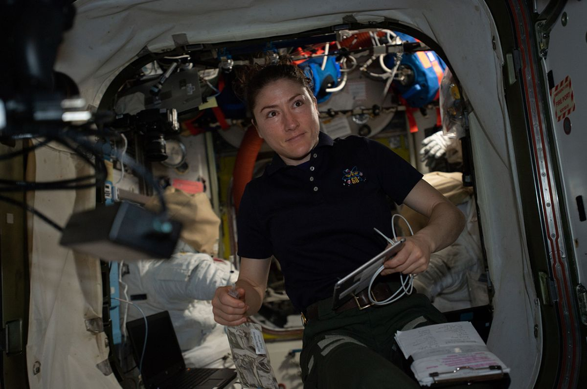 Breaking Records How Astronaut Christina Koch S Extended