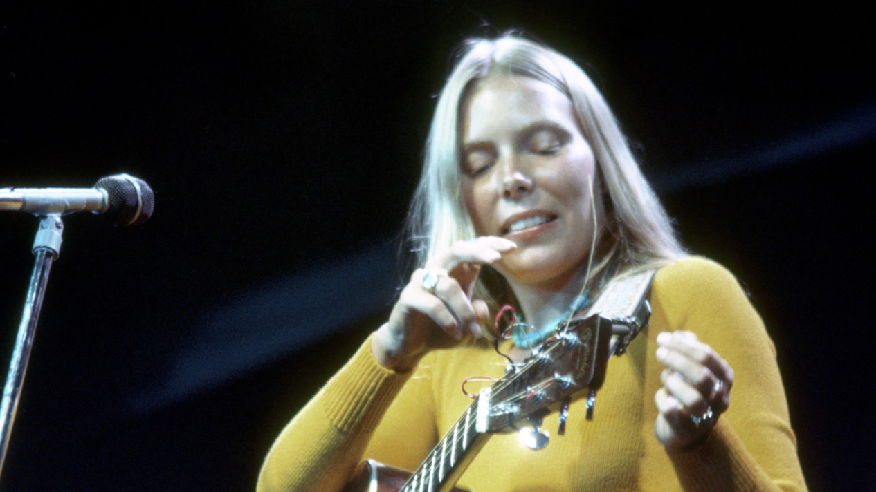 The Top 10 Essential Singer-Songwriter Albums | Louder