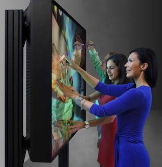 MultiTouch Previews Prototype 84-inch 4K MultiTaction Cell