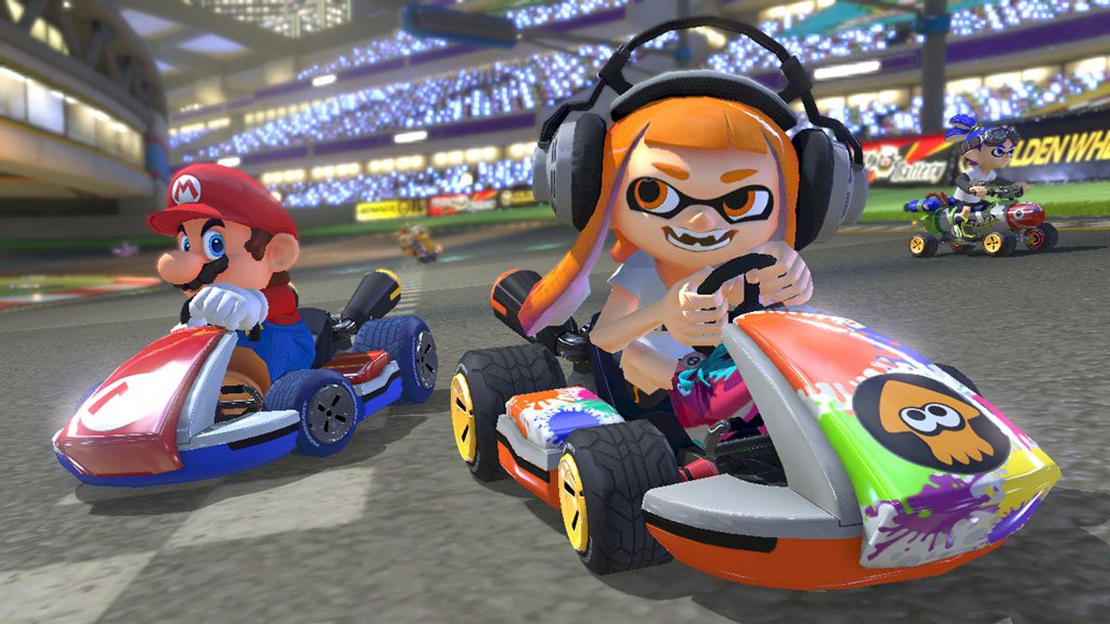 Mario Kart 8 Deluxe Mario and Inkling Girl racing
