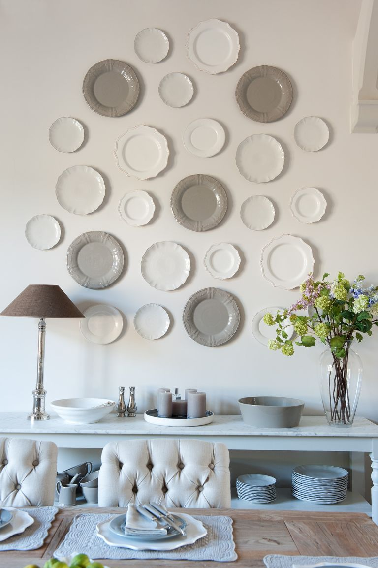 How To Hang Plates On A Wall An Expert Guide Homes Gardens
