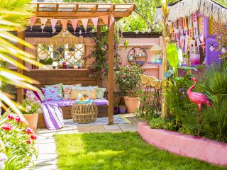 small garden design ideas with seating
