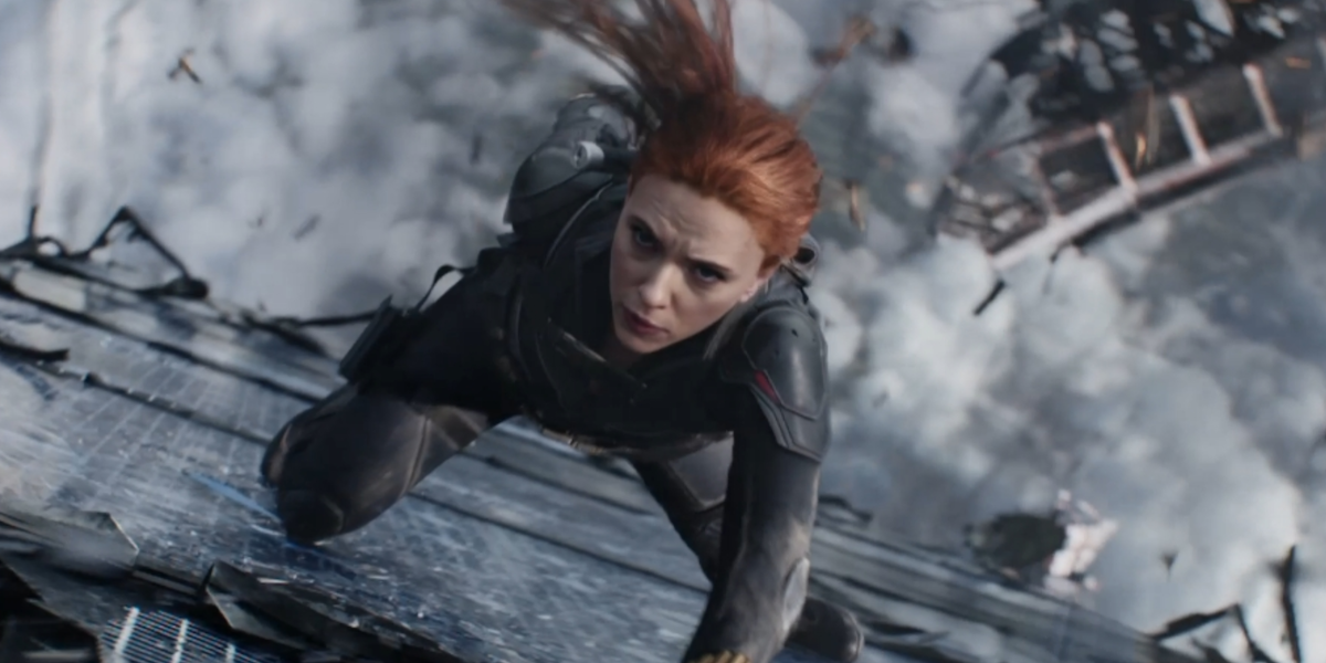 Black Widow Director Explains What Makes The Action So Different From Other Marvel Movies - CINEMABLEND