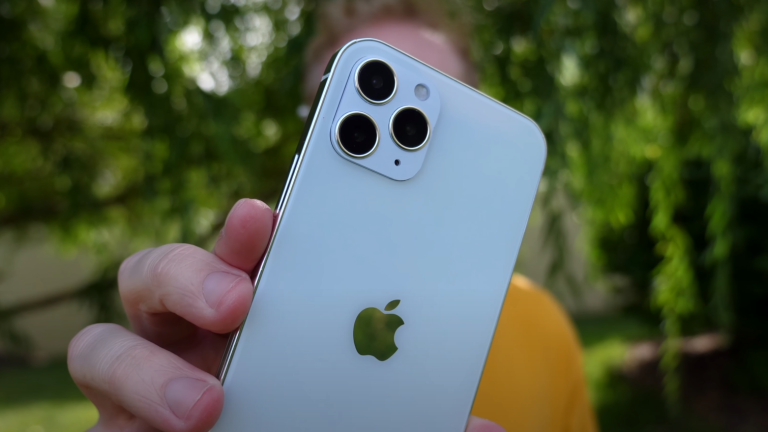 Apple iPhone 12 video