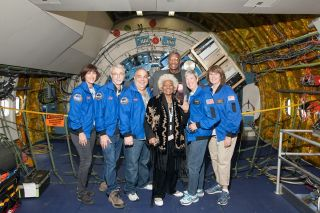 Actress Nichelle Nichols and Airborne Astronomy Ambassadors