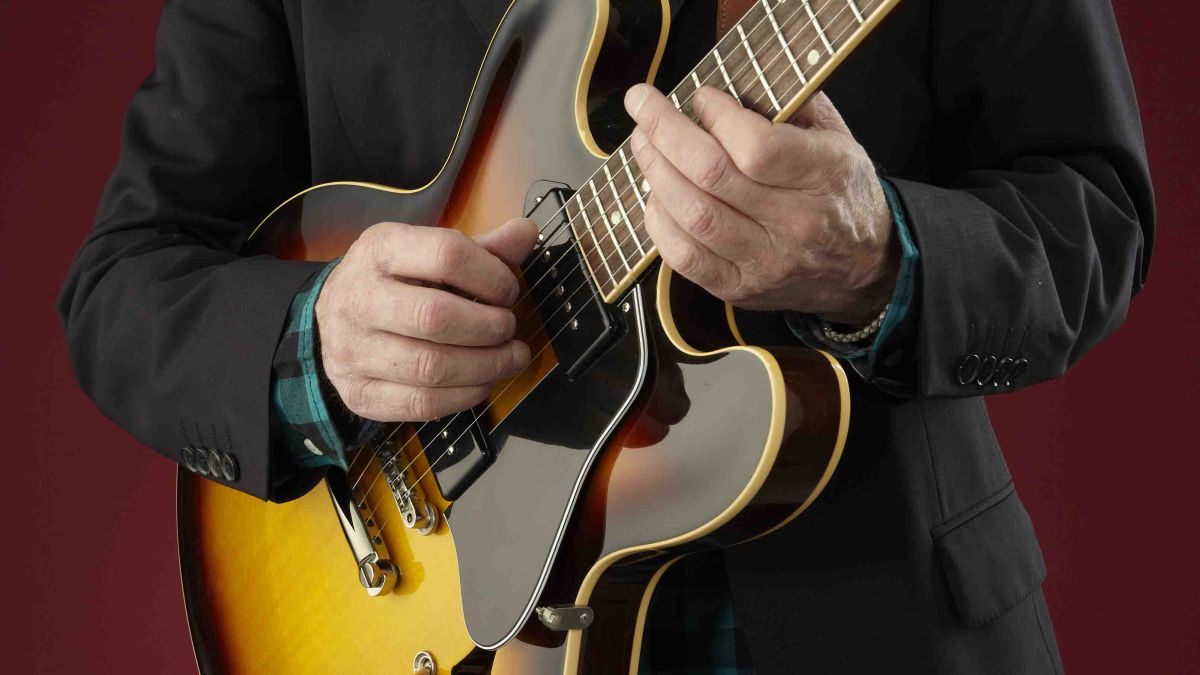 Class up your solos with these 15 vintage blues guitar licks