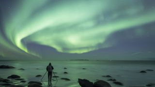 How to photograph the aurora