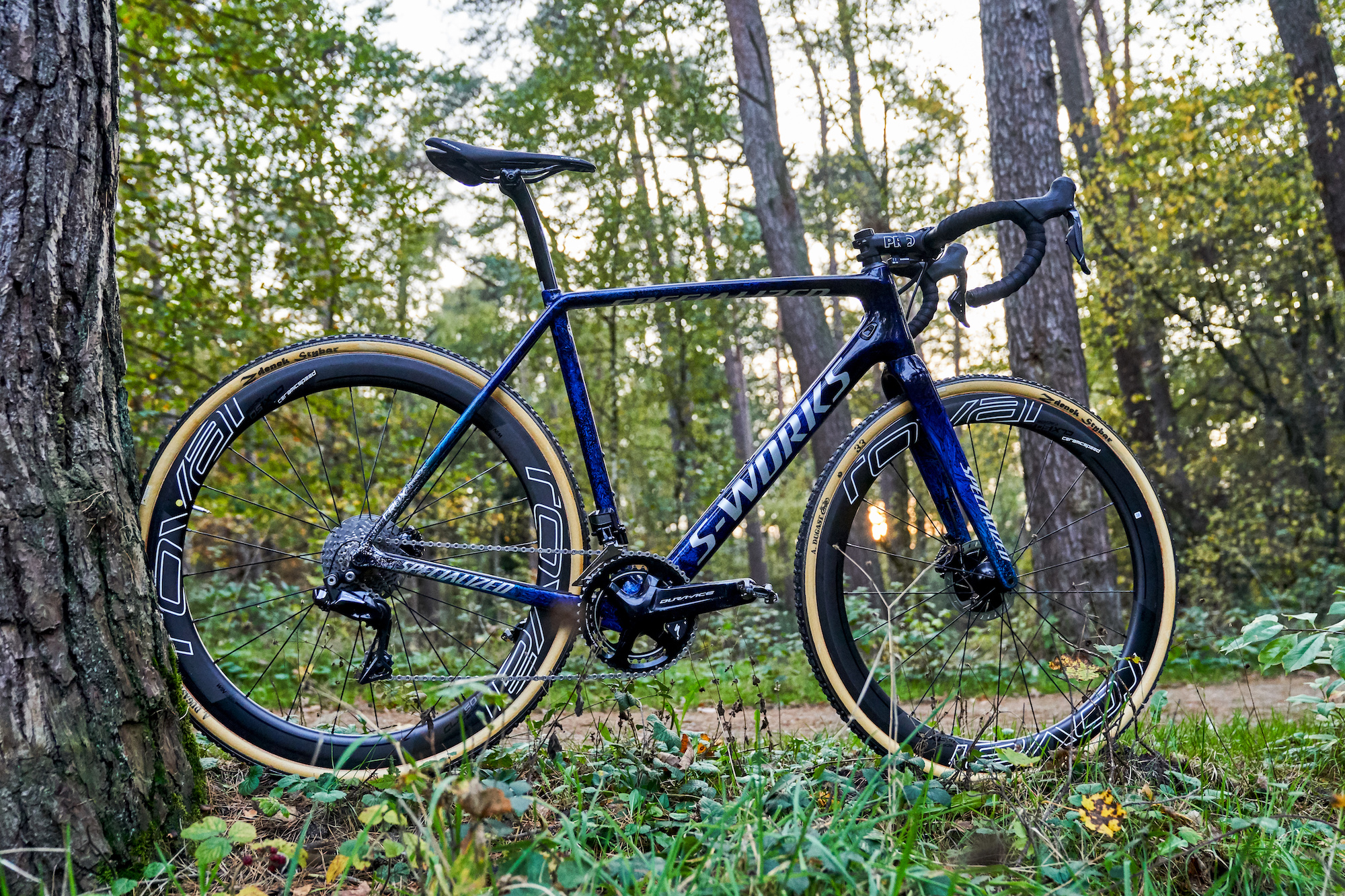 Check out Zdeněk Štybar's new custom S-Works Crux as he prepares for cyclocross return