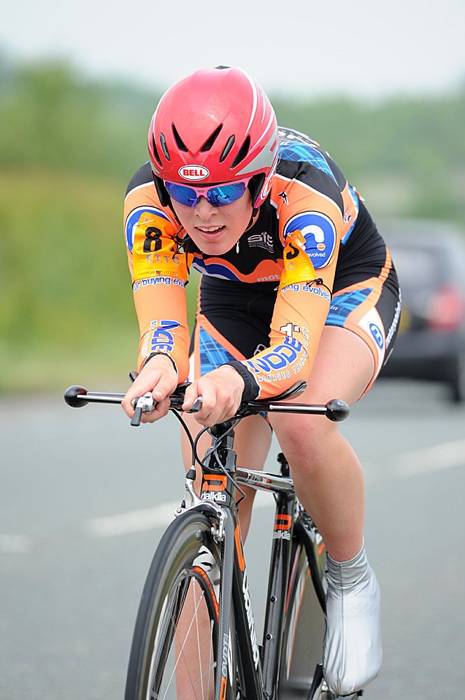 Hannah Barnes, junior women's winner, National 25 mile time trial 2010