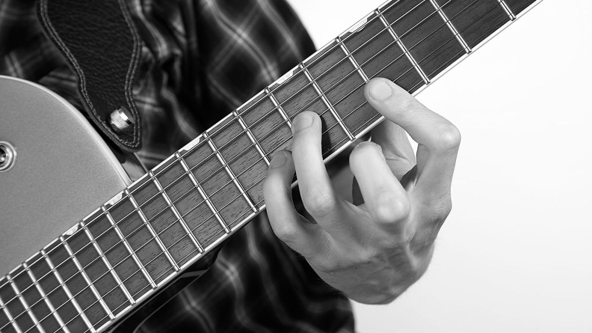 Power up your pentatonic playing with this 20-minute guitar workout