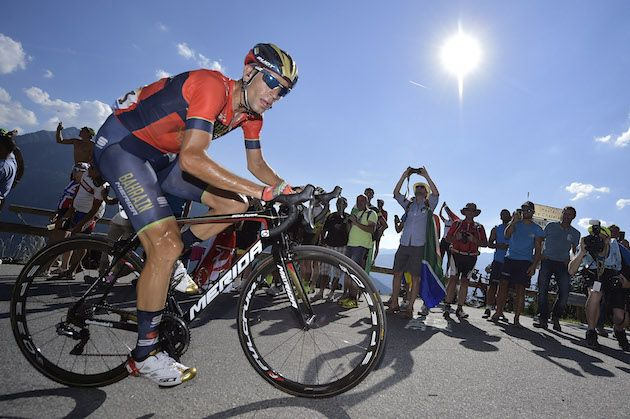 Vincenzo Nibali abandons Tour de France with broken vertebrae after Alpe d'Huez crash 1