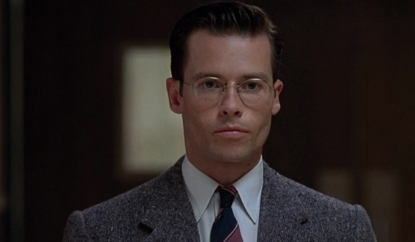 L.A. Confidential Edmond Exley watching the hallway
