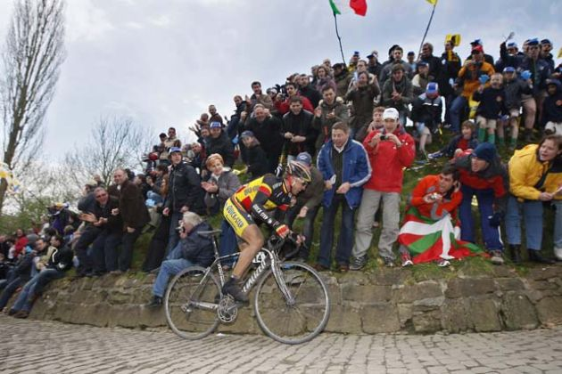 Stijn Devolder on the Muur