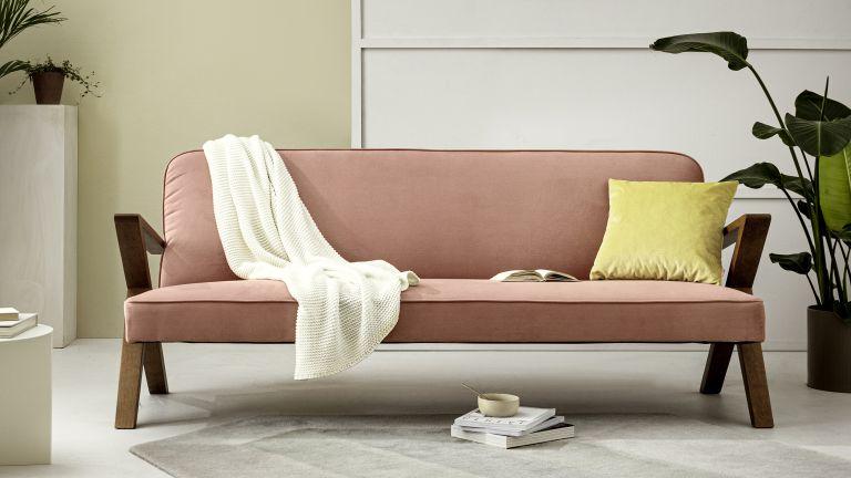 The Queen's Gambit sofa, pink sofa designed in Berlin