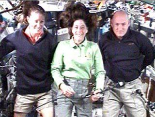 Endeavour Crew, Teacher-Astronaut Primed for Possible Shuttle Fix
