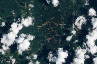 thailand-landslides-110405-02