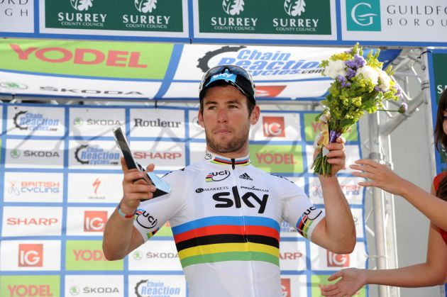 Guildford Gazette award to Mark Cavendish, Tour of Britain 2012, stage eight