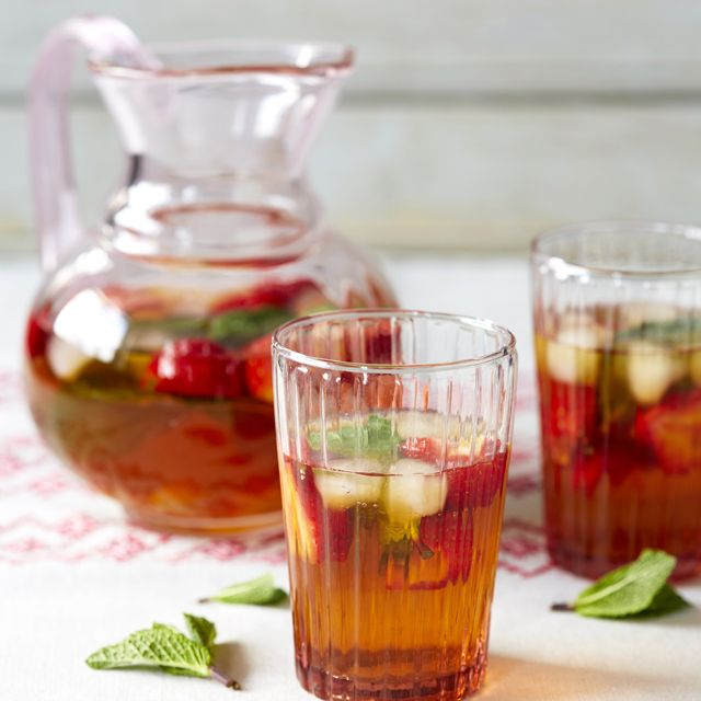 Rooibos and strawberry ice tea