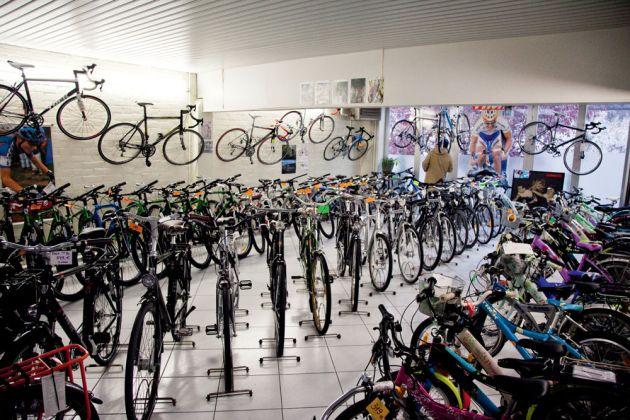 Plum-bike-shop,-Ghent-Belgium-modern-bikes