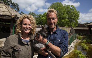 Animal Park - Kate Humble and Ben Fogle with a baby wallaby